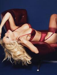 Coco De Mer Pamela Loves Suspender - Red